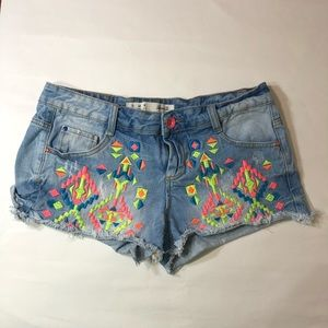 Denim Co Aztec Embroidered Women's Cutoff Size 8